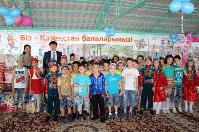 Воспитанники детского дома № 3 получили подарки в праздничный день