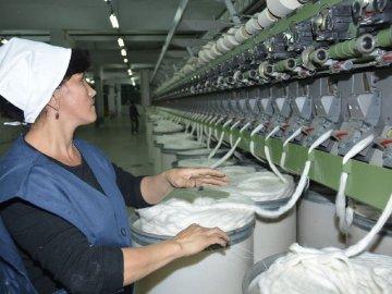 Тяжело ли поднять легкую промышленность в Казахстане