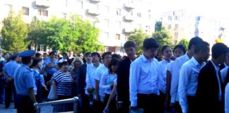 В первом потоке около 4800 школьников