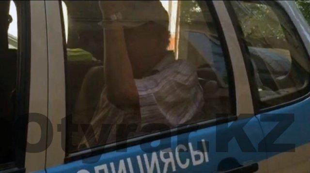 В Шымкенте пожилой мужчина сексуально домогается детей