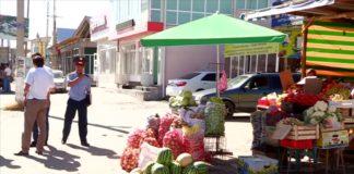 В Шымкенте началась борьба против незаконных торговцев