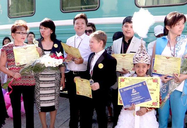 Детский творческий коллектив из Шымкента победил на международном музыкально-танцевальном конкурсе в Болгарии