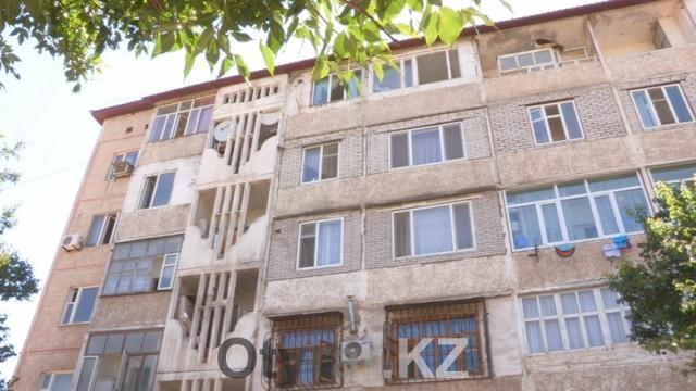 Многоэтажный дом, в микрорайоне Сайрам, только что прошел модернизацию