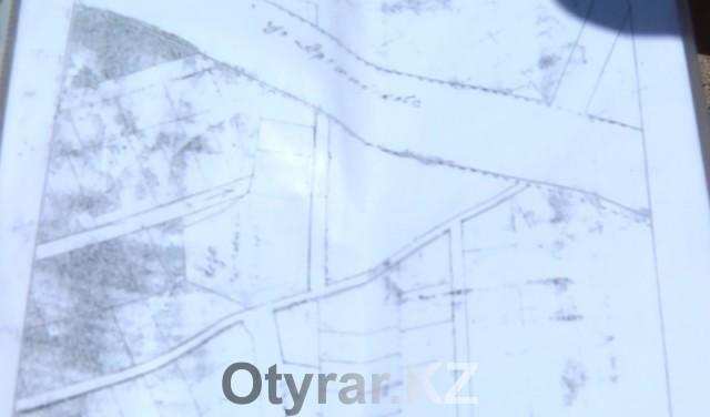 Жителей 194 квартала в Шымкенте лишили дороги