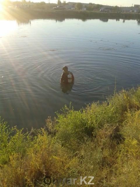 Кызылкумский канал довольно широкий и глубокий водоем