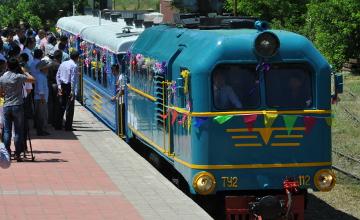 Детский поезд. В Шымкенте заработала детская железная дорога