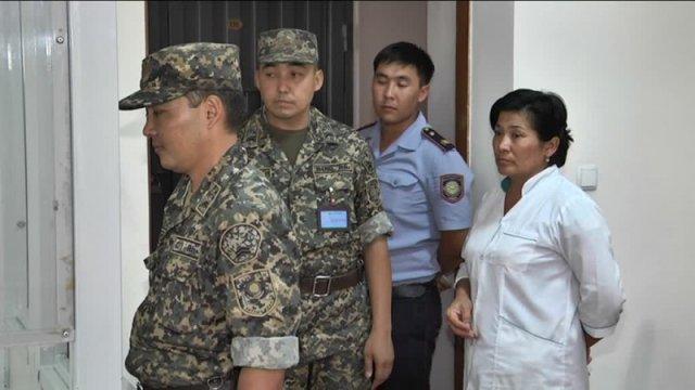 Мать, убившая двух дочерей, осуждена на 20 лет