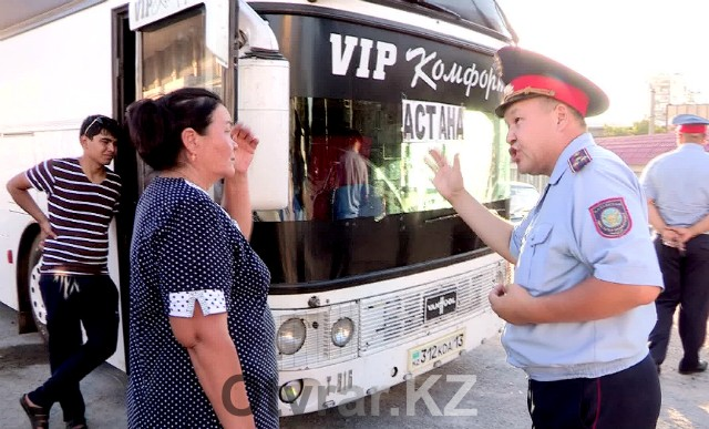 Полицейские борются с нелегальными пассажирскими перевозчиками