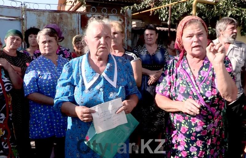 Жители массива Тогус жалуются на нехватку воды