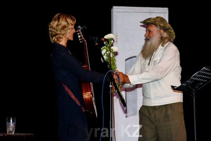 В Шымкенте прошел вечер авторской песни «До свидания, лето!»