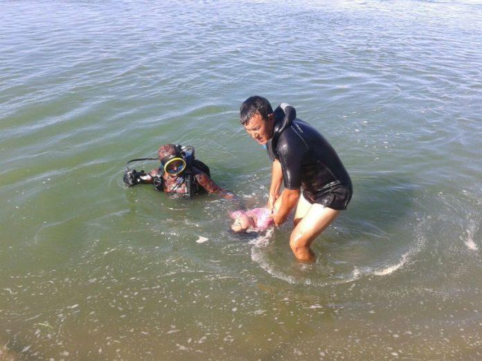 Тело утонувшей в Сырдарье женщины ищут южноказахстанские спасатели