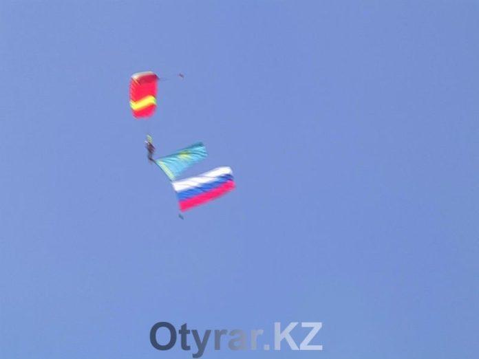 Боевое взаимодействие продемонстрировали спецназовцы России и Казахстана на слете ветеранов в Шымкенте
