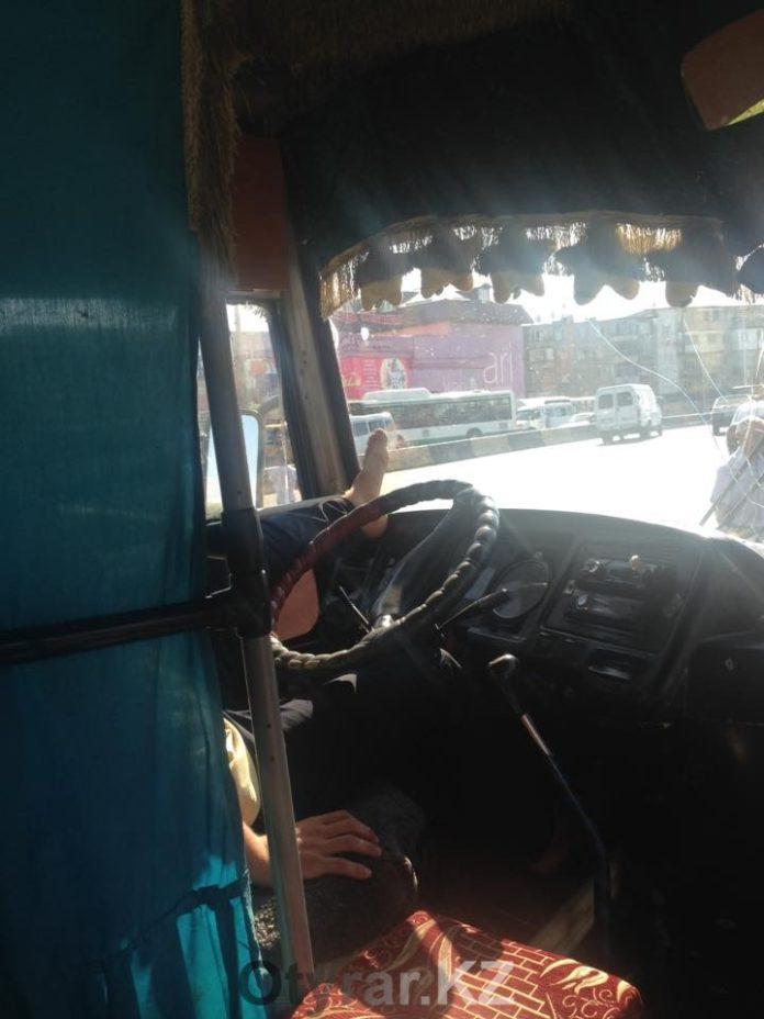 В Шымкенте самые беспардонные водители городских автобусов