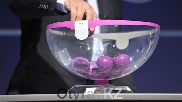 В Ньоне прошла жеребьевка лиги чемпионов среди женских команд, фото с сайта ru.uefa.com