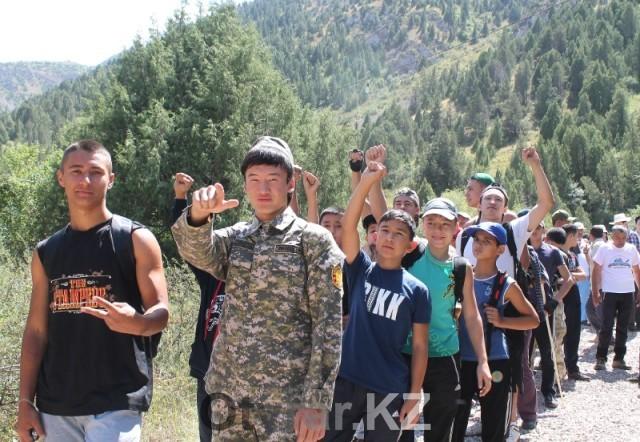 Половину пути покорителей вершины будет сопровождать  шымкентская молодежь