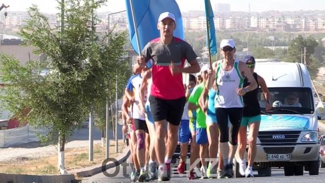 Казахстанцы организовали марафон, посвященный 550-летию Казахского ханства