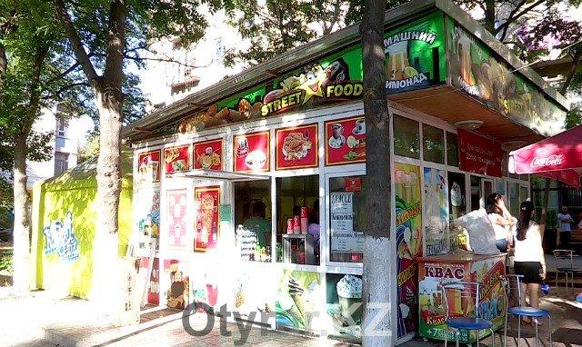 В центре Шымкента идет борьба с незаконной торговлей