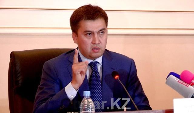 Не повышать коммунальные тарифы и цены на продукты просит бизнесменов аким Шымкента