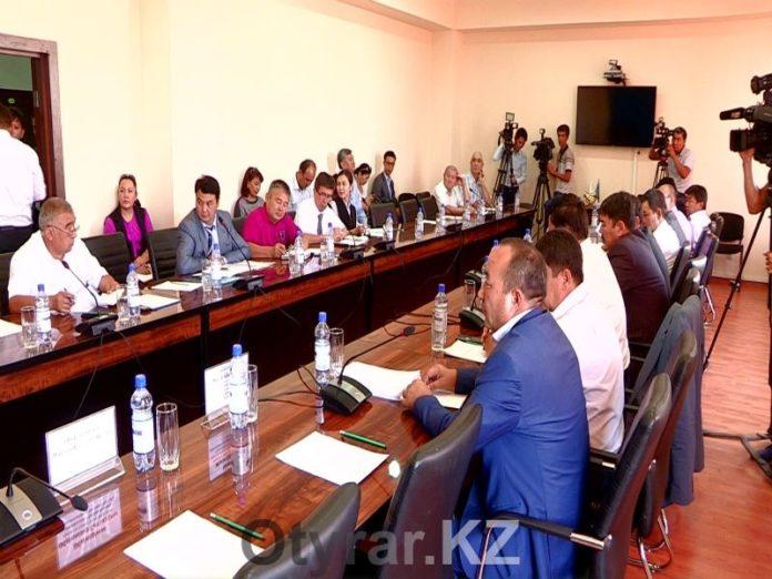 Фермеры ЮКО обвиняют управление сельского хозяйства в высокой цене на ГСМ