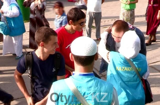 Жители Южного Казахстана отправились в священный хадж