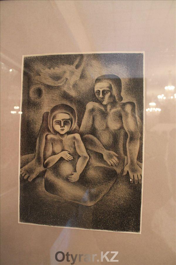 В Шымкенте открылась выставка известного художника-графиста