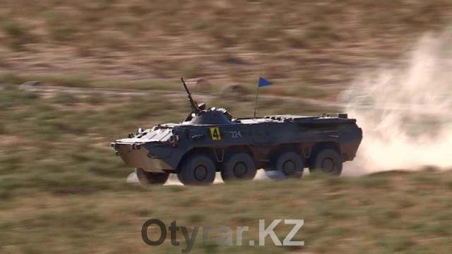 Лучший экипаж БТР и лучшего водителя военного КамАЗа выявляли на полигоне Актас