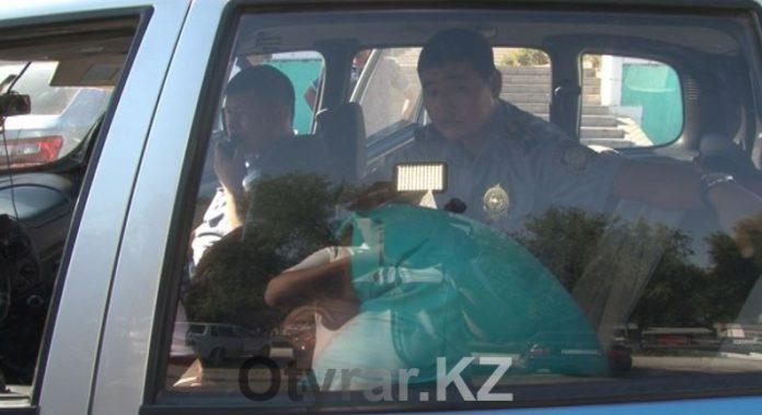 В Южном Казахстане задержан пьяный водитель с ружьем