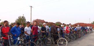 250 учителей приняли участие в веломарафоне