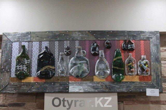В Шымкенте проходит выставка художницы Натальи Кашириной
