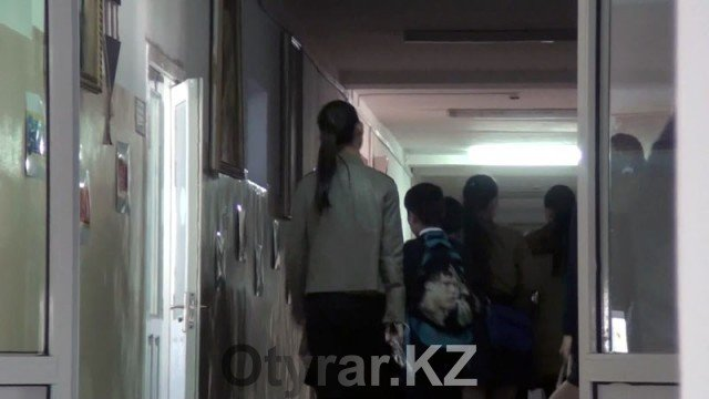 Подростковый суицид в Шымкенте: 13-летний школьник сбросился с 9 этажа