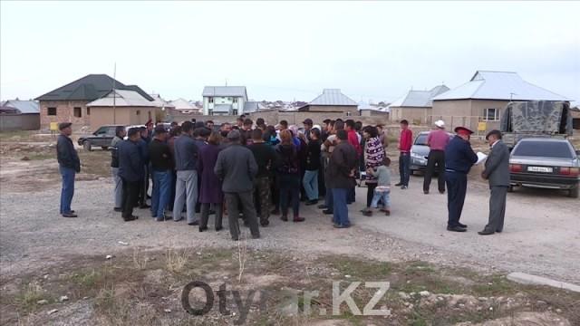 """Жители микрорайона """"Северо-Запад"""" Шымкента обещанного газа ждут третий год"""
