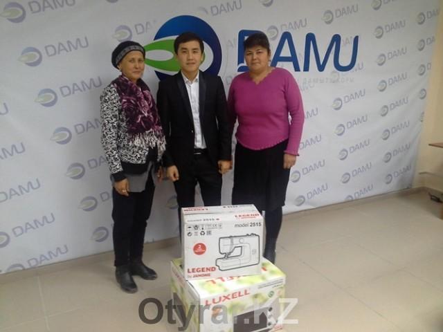 В Шымкенте и Туркестане вручили спонсорскую помощь предпринимателям-инвалидам