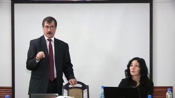 В Шымкенте презентовали результаты анализа законодательства о свободе совести и религии в РК. Евгений Жовтис