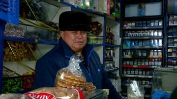 В Шымкенте объявлена война коммерсантам, незаконно продающим алкоголь