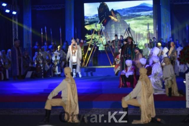 В ЮКО в честь Дня Независимости наградили жителей