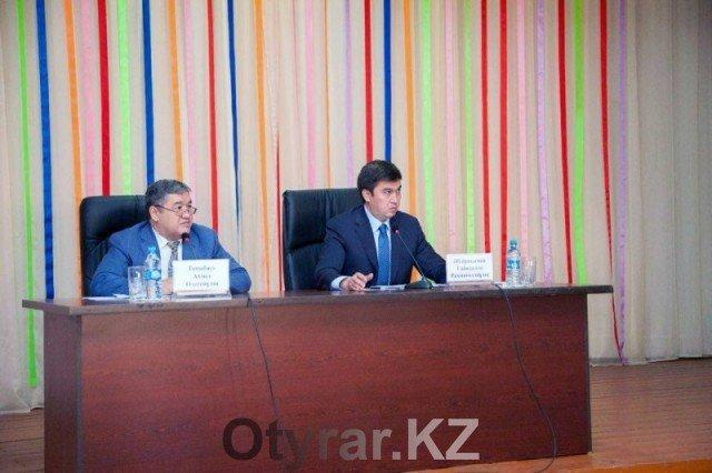 Аким Шымкента посетил социально значимые объекты Абайского района