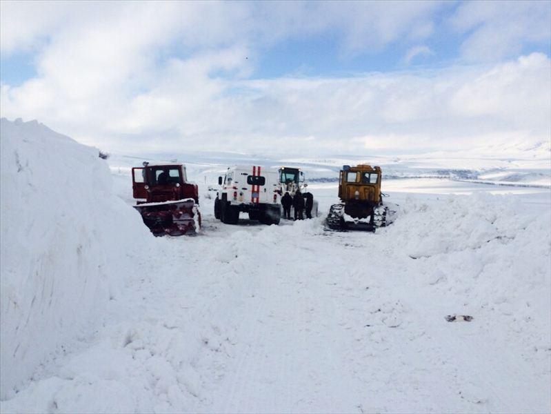 Закрытые трассы из-за снега, метели, бурана