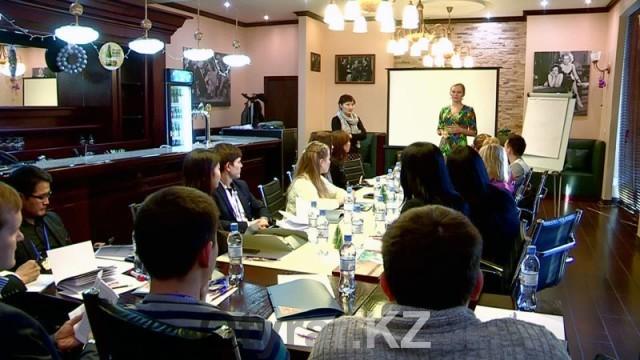 В Шымкенте прошел тренинг по правовой безопасности журналистов в Интернете