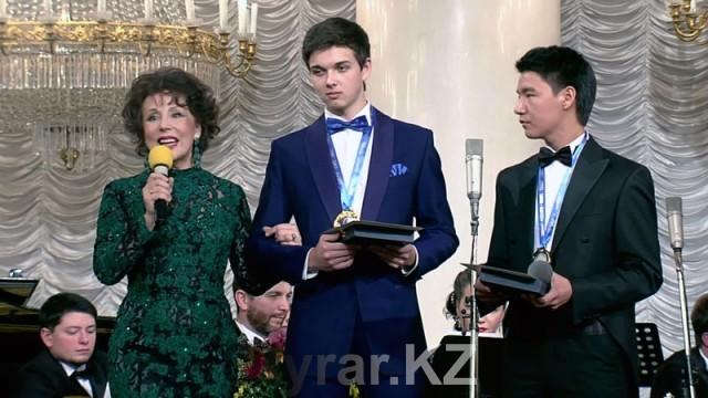 Казахский романс зазвучал на международном конкурсе в Москве