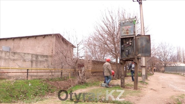 Проблема с электричеством в микрорайоне Карабастау скоро успешно решится
