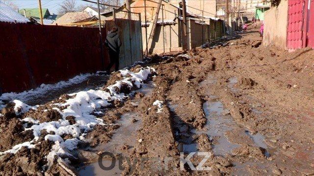 В Шымкенте начались работы по прокладке канализации в неблагоустроенные районы