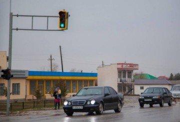 В селе Карабулак установили светофор