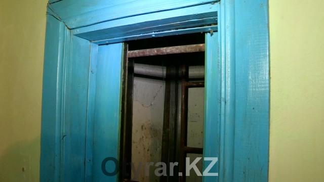 Старый нерабочий лифт