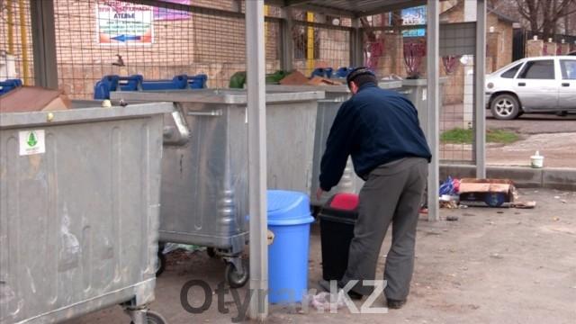 В Енбекшинском районе Шымкента установили евроконтейнеры