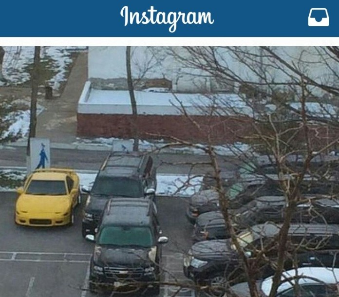 Желтый спорткар, принадлежащий семье Тохтара Тулешова, отправили на стоянку ДВД ЮКО