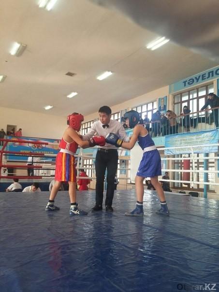 В Шымкенте стартовал чемпионат ЮКО по боксу