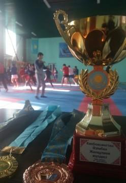 8 медалей привезли шымкентские кикбоксеры с международного турнира