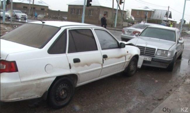 мужчина попал в ДТП на угнанной машине