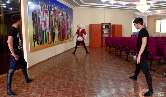 Шымкентские джигиты планируют покорить Кавказ танцем горцев