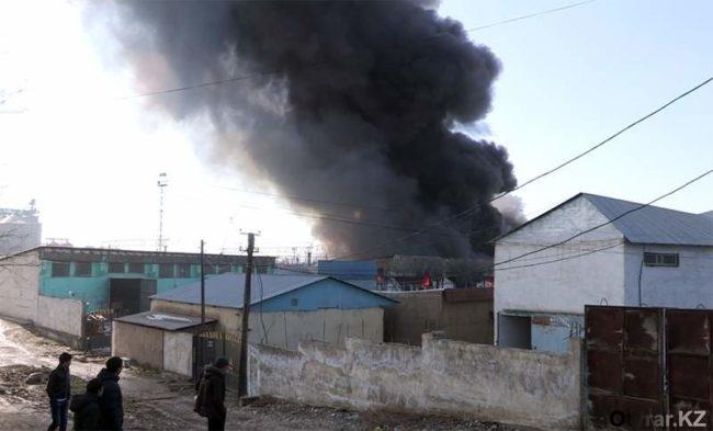 """Пожар на складах ТОО """"Санжар"""""""